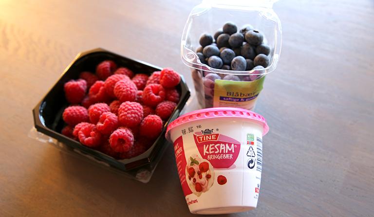 Bringebær, blåbær og Kesam.