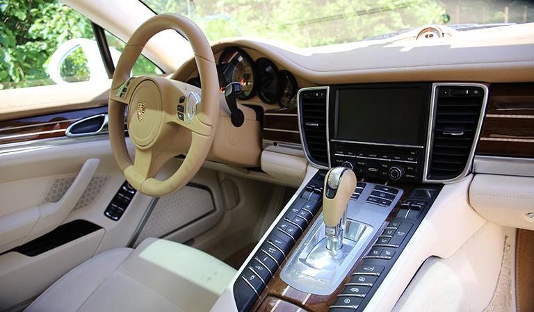 Porsche Panamera - innvendig