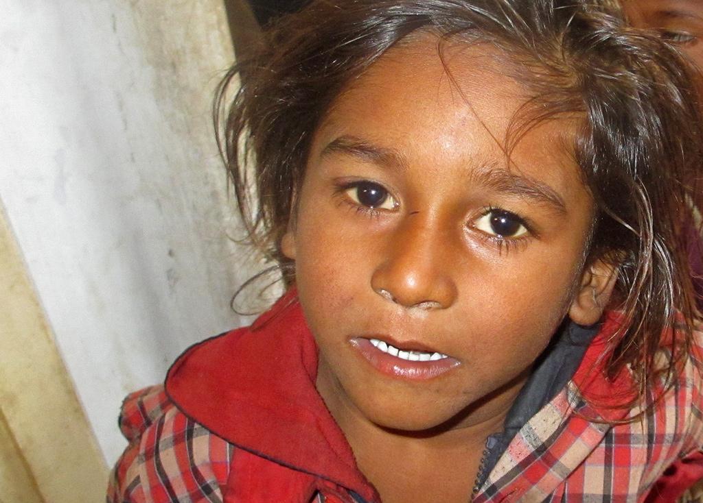 schoolmeisje in India