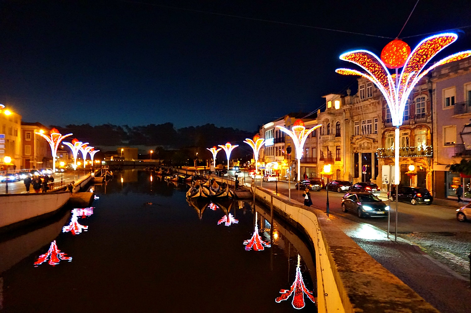 Portugal - one week itinerary. Canals, gondolas, Christmas lights - Aveiro is the place to visit during Christmas season.