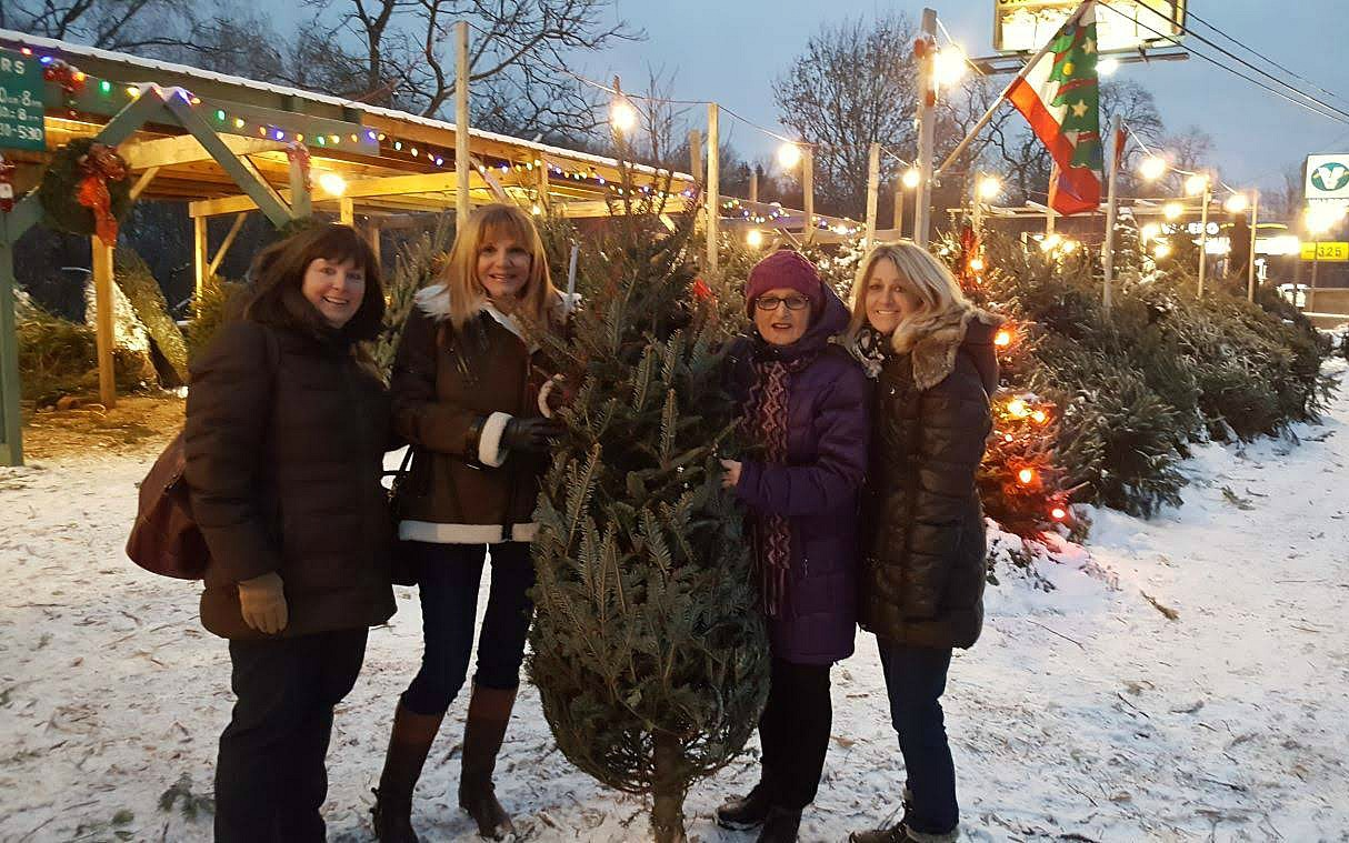 Living and traveling with cancer. Christmas tree and friends.