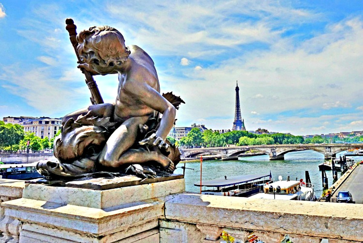 Living and traveling with cancer. View of Paris.