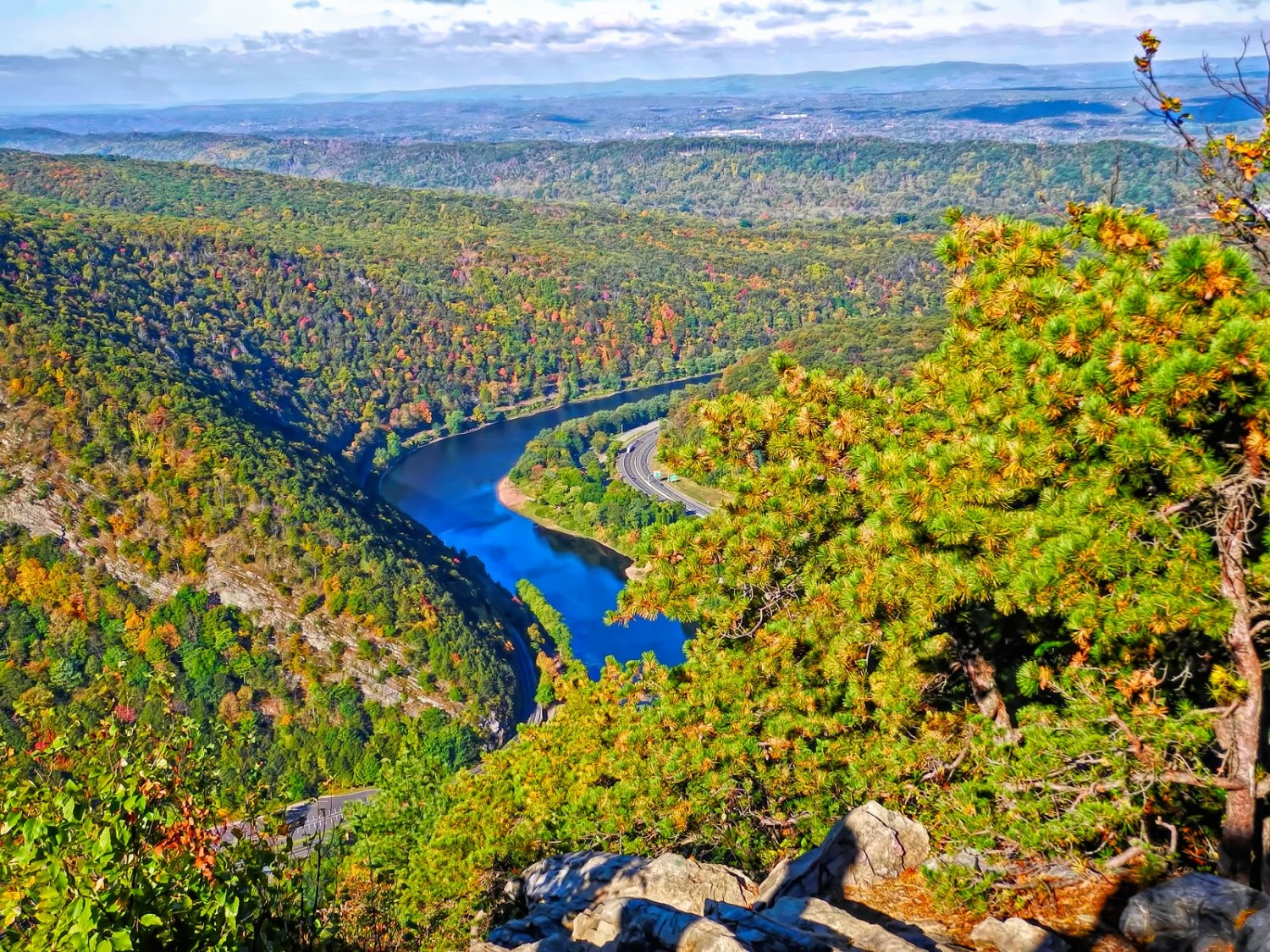 Fall overlook at Mount Tammany, New Jersey.