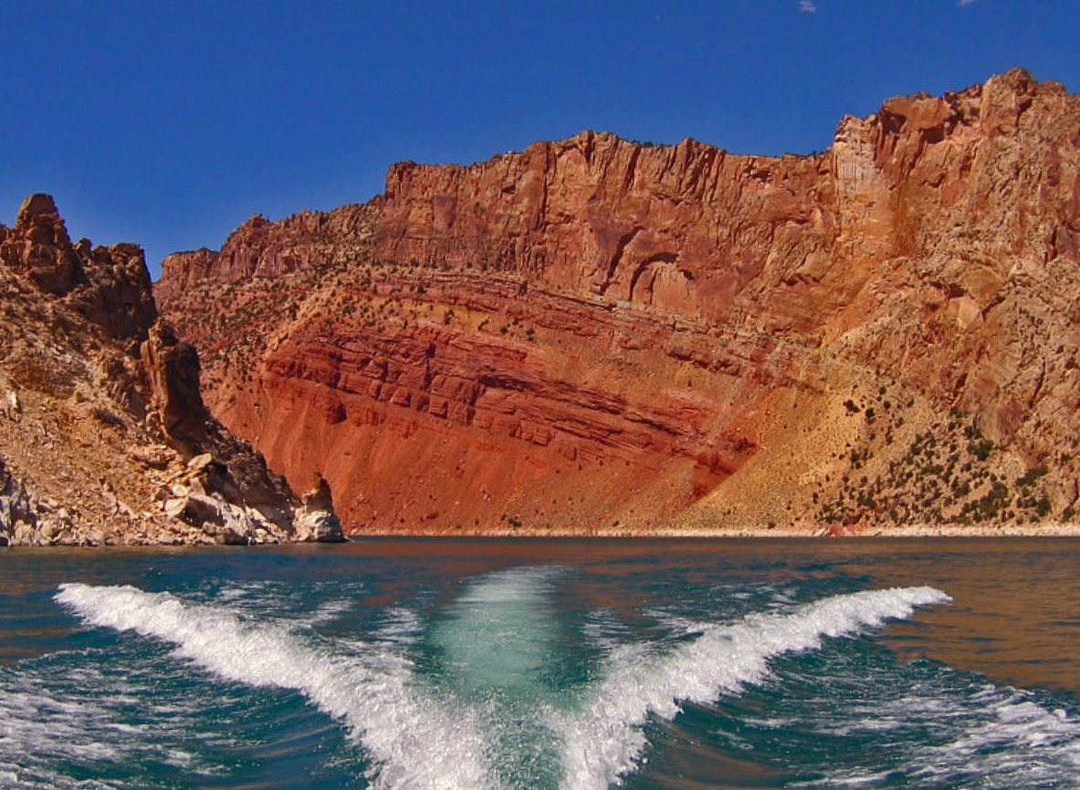 Boating is spectacular at Flaming Gorge and allows for social distancing.