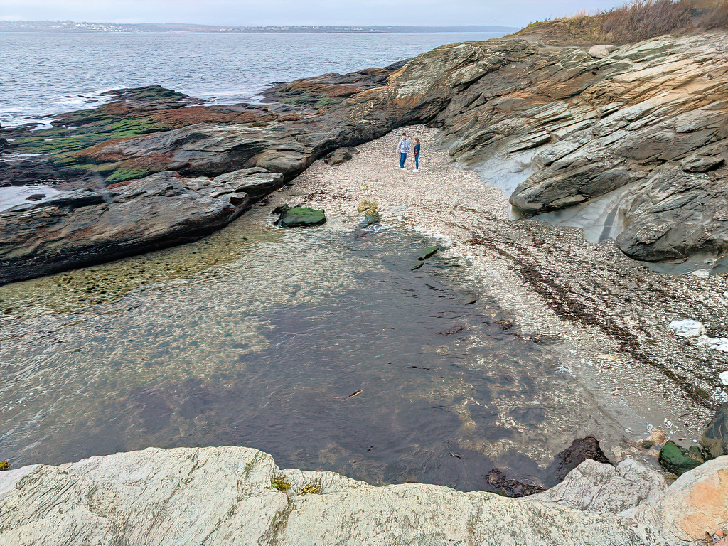 Beavertail State Park. Young couple.