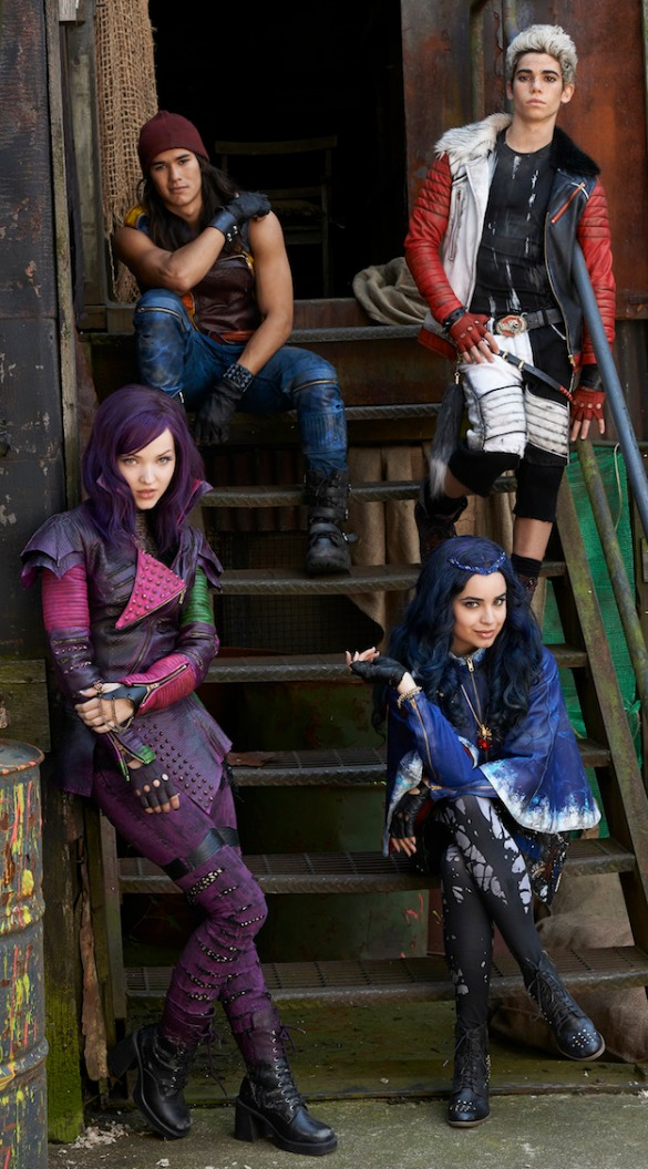 descendants_cast_photo sized