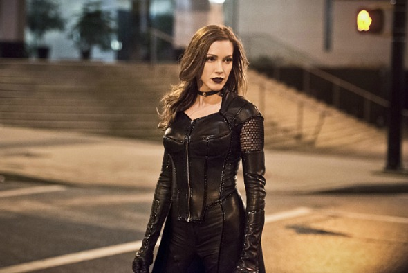 the flash katie cassidy e