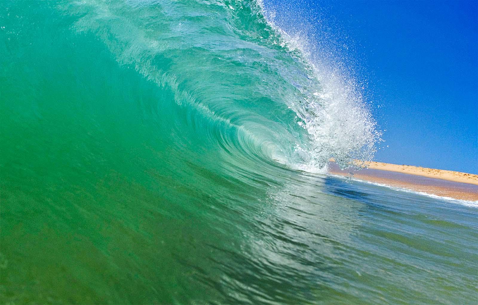 Barrel wave | YWAM Sydney, Newtown | Australia