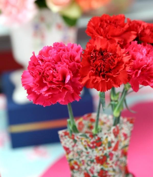 日比谷花壇カーネーションの花束のセット