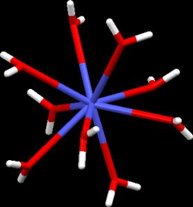 Struktura iontu [Am(H2O)9]3+