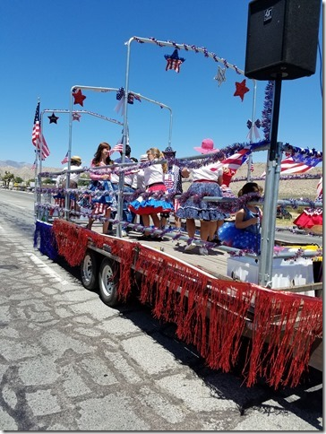 05.27.17 - Grubstake Days Parade - Star Twirlers Square Dance Club