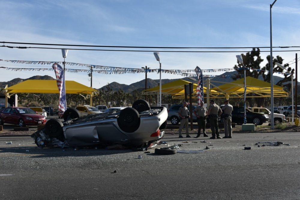 Kcdz 107 7 Fm Two Killed In Multi Vehicle Crash In Yucca Valley