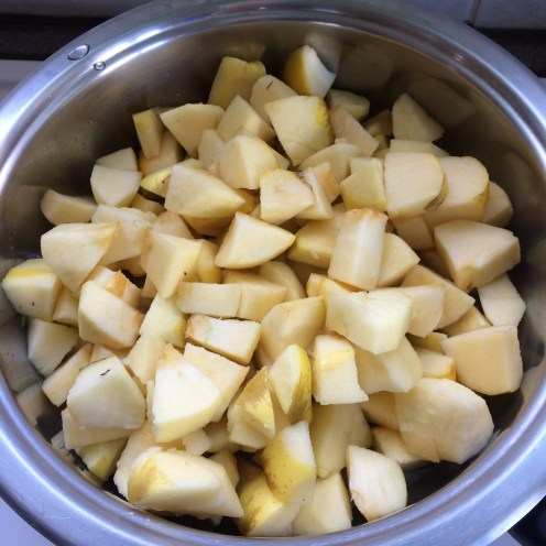 Peeled and cut apples, with a bit of water...
