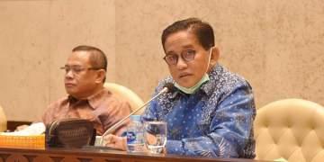 H. Bakri (Batik Biru) Ketua DPW PAN Jambi