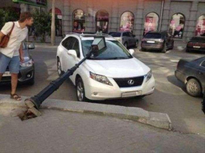Самые необычные аварии (32 фото)