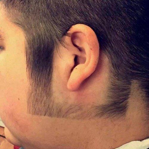 Им следует подумать о другом парикмахере (23 фото)