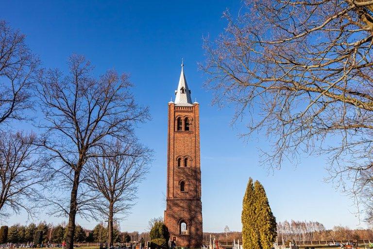 Wieża kościoła ewangelickiego w Broniszowie