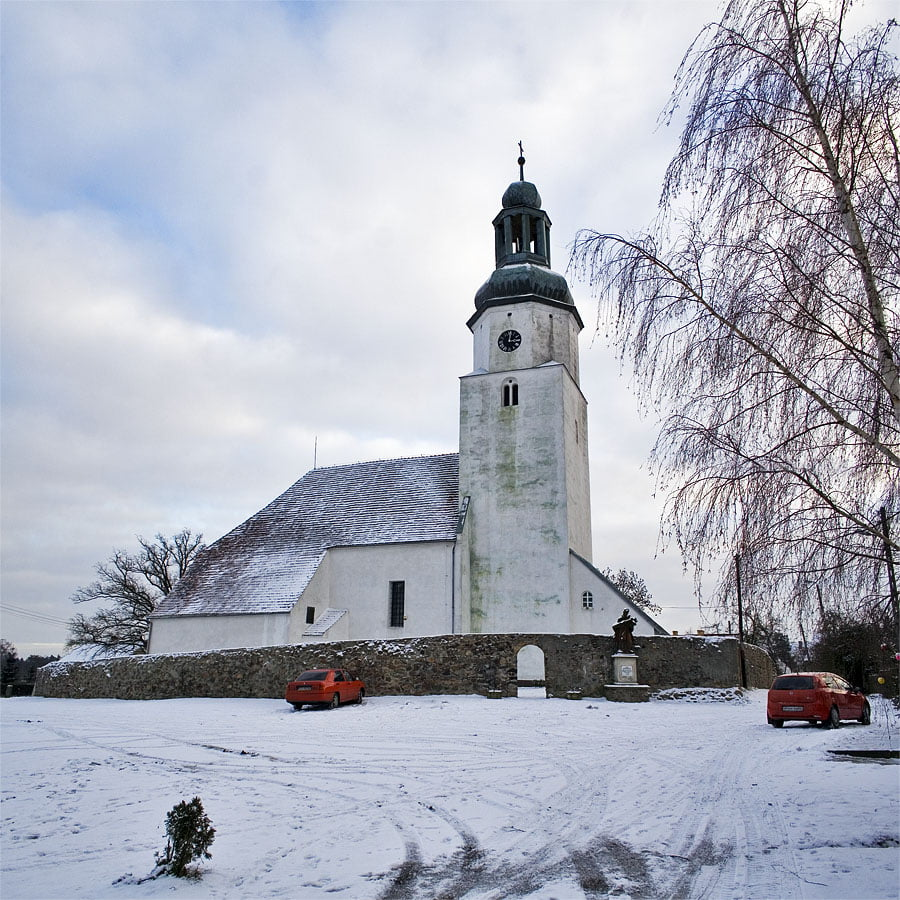 Kościół w Broniszowie
