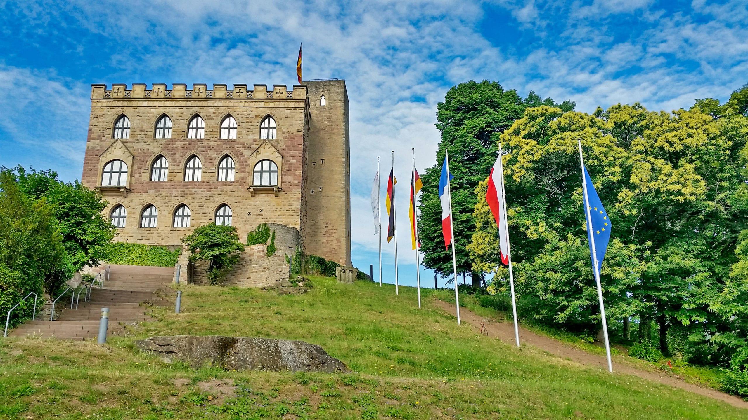 Zamek Hambacher Schloss