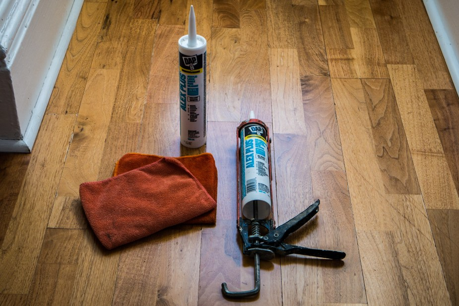 Caulking Guide (1 of 19)