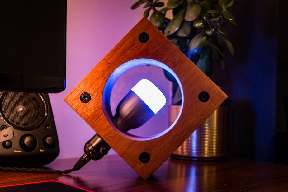 Smart Lamp (28 of 36)