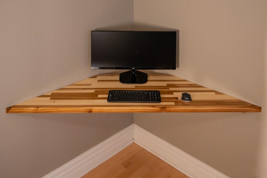 Corner Desk (49 of 55)
