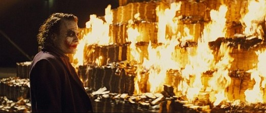 JOKER_burning_money_3_0600