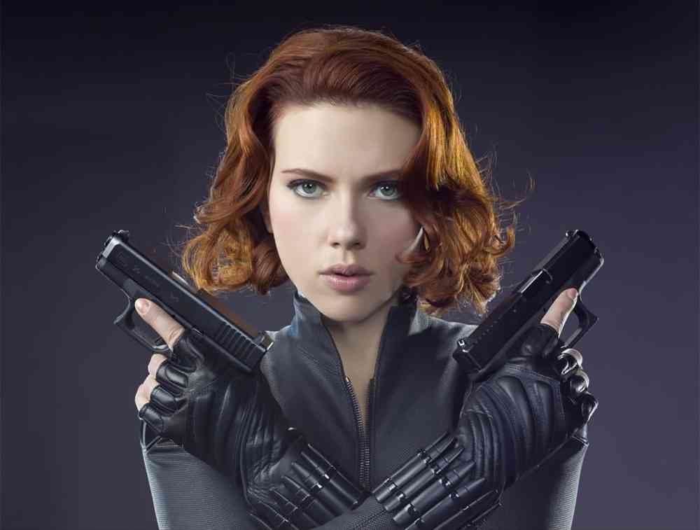 Black Widow with Pistols