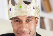 4 Simple Secrets To Make Your Man Feel Like A King