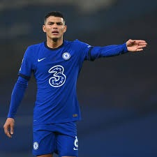 OFFICIALLY: Thiago Silva extends his Chelsea contract until 2022