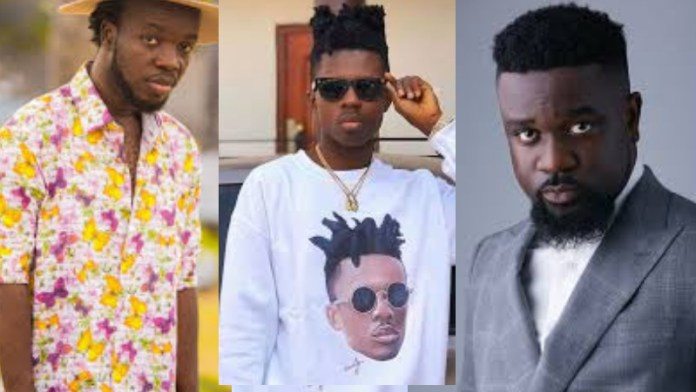 Before signing Akwaboah and me, Sarkodie should have acquired an investor – Strongman gives his former boss some advice