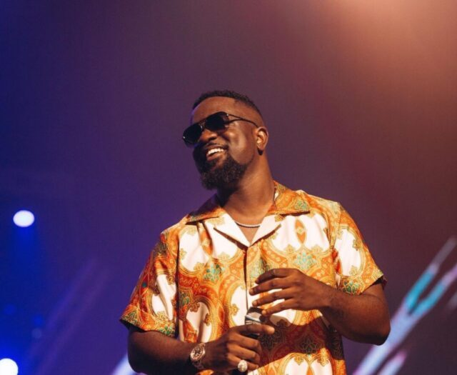 Sarkodie advises the youth not to give up