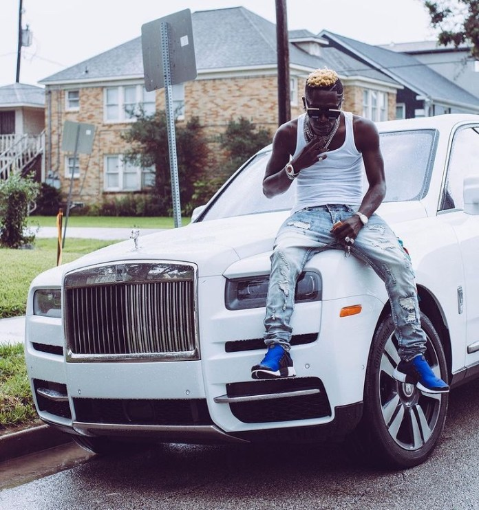 Just In: Shatta Wale returns to social media with a Rolls Royce estimated to cost US$330,000