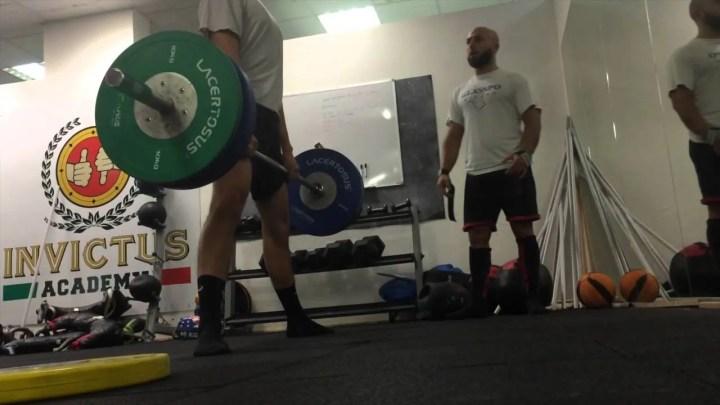 Scheda d'allenamento per aspiranti powerlifter