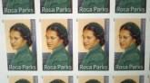 LA VIE REBELLE DE ROSA PARKS : LE LIVRE (Le timbre)