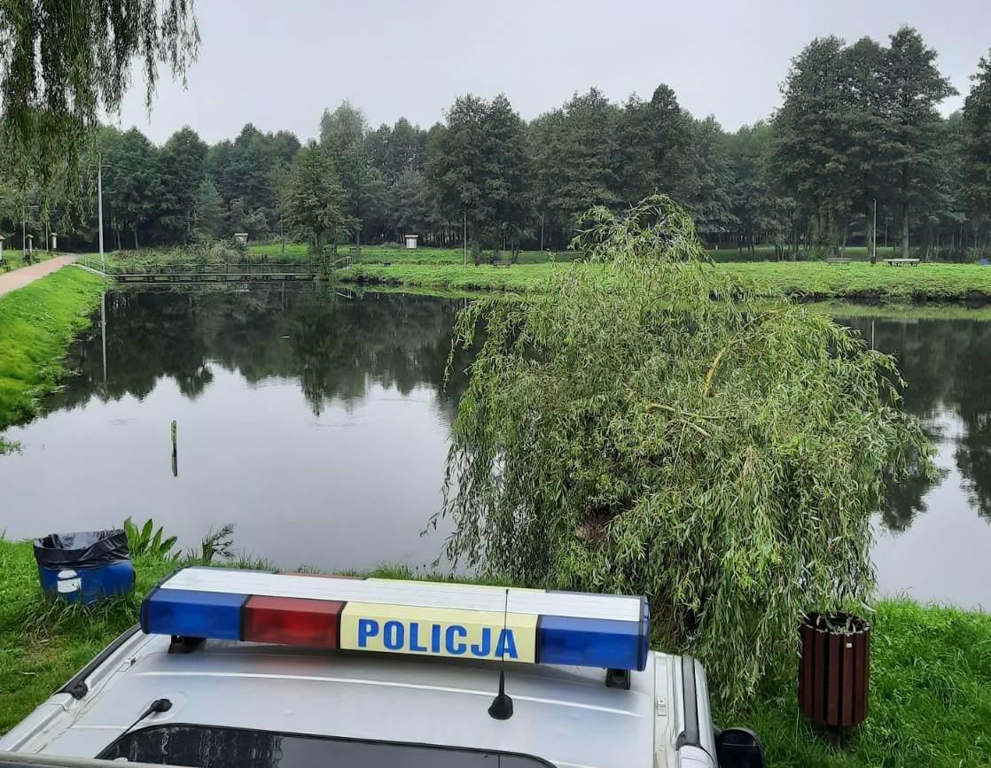 Woj. Łódzkie. W stawie znaleziono ciało poszukiwanej 21-latki