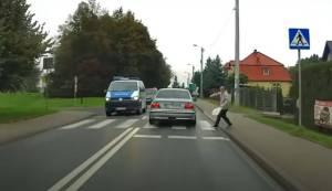 Pilny komunikat Policji Wielickiej- Poszukują kierowcy BMW