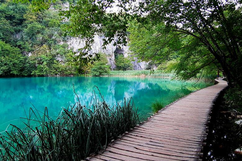 Plitvice Lakes day tour from Ljubljana - Plitvice boardwalk