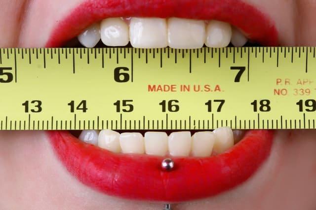 Zahnfarbe bestimmen