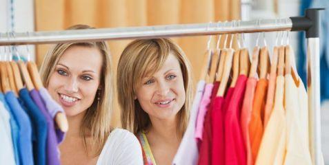 como elegir el color de tu ropa teniendo en cuenta tu armario