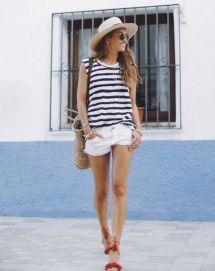 como ir a la playa con estilo navy