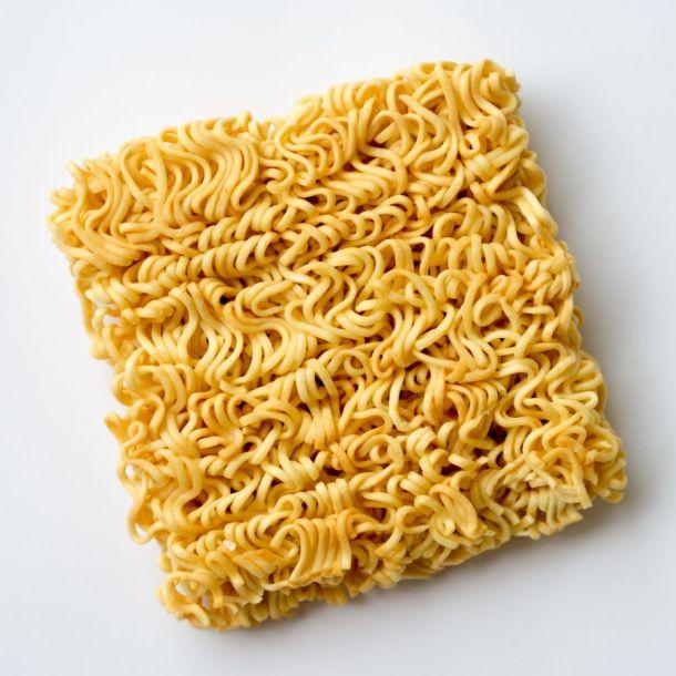 инстантни спагети