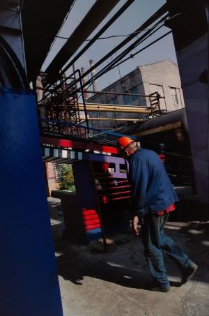 Михайлов Б. 'Без назви'. Із серії 'Промзона', 2011, С-принт