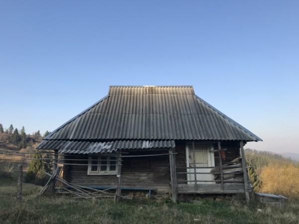 Осінь в Кужбеях: як «живе» закарпатське село без людей ...
