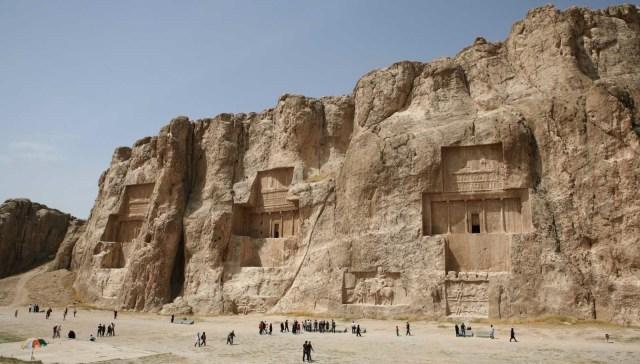 Tombeaux de Naqsh-e-Rostam