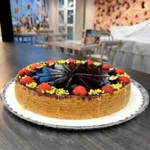 Cheesecake čučoriedkový. Zákusky z Ružovej cukrárne Nitra