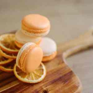 Makrónka pomaranč. Ružová cukráreň Nitra