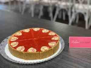 Cheesecake jahodový. Ružová cukráreň Nitra