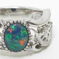 ブラックオパールの指輪リフォーム、幅広ボリューム、透かし模様