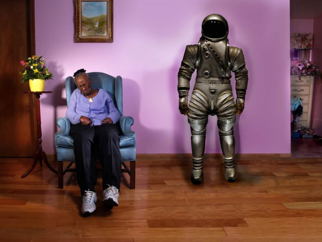 Anna Smith and space suit ©2013 Larry Zamba
